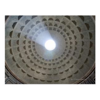 Visión por dentro del panteón hasta la cúpula tarjeta postal