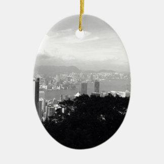 Visión sobre Hong Kong Adorno Navideño Ovalado De Cerámica
