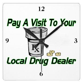 Visita a su traficante local relojes de pared