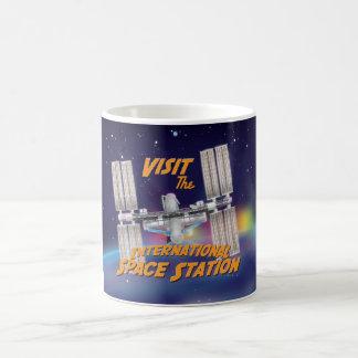 Visite la estación espacial internacional taza