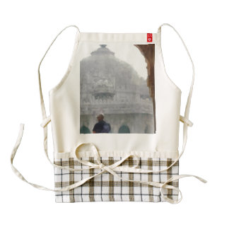 Visiting a heritage monument zazzle HEART apron