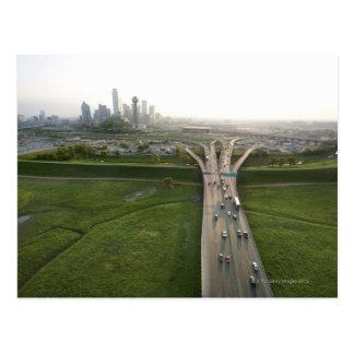 Vista aérea de la carretera en Dallas, Tejas Postales