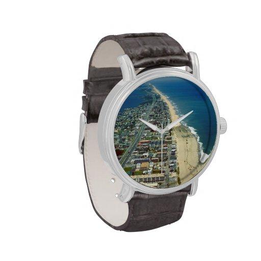 Vista aérea de la ciudad del océano relojes
