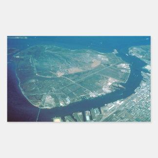 Vista aérea de la isla del pelícano pegatina rectangular