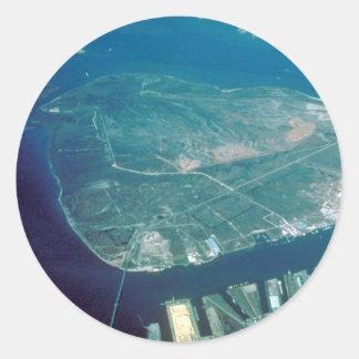 Vista aérea de la isla del pelícano pegatina redonda