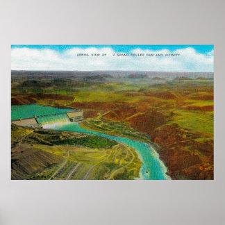 Vista aérea de la presa magnífica de Coulee Posters