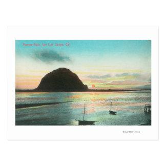 Vista aérea de la roca del nuevo día y de la bahía tarjetas postales