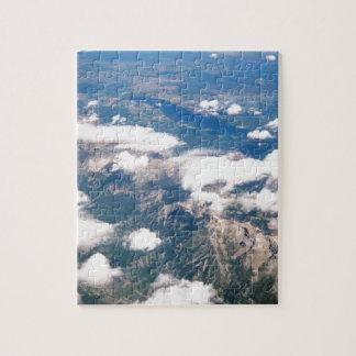 Vista aérea de montañas rocosas puzzle