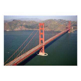 Vista aérea de puente Golden Gate en Cojinete