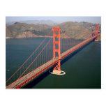 Vista aérea de puente Golden Gate en los 2 Tarjetas Postales