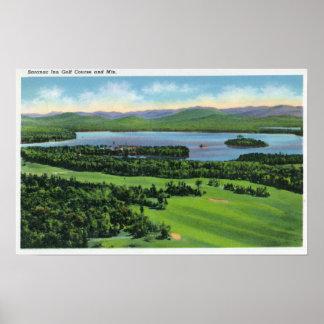 Vista aérea del campo de golf del mesón de Saranac Póster