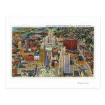 Vista aérea del centro de la ciudad y del centro tarjeta postal