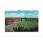 Vista aérea del gimnasio de la universidad de postal