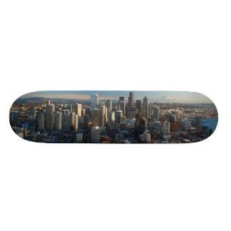 """Vista aérea del horizonte de la ciudad de Seattle Patineta 7 7/8"""""""