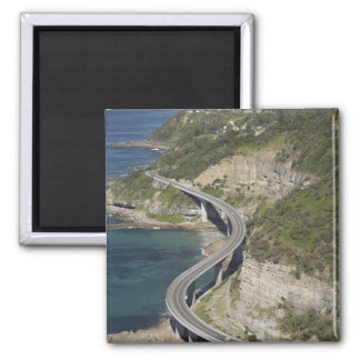 Vista aérea del puente del acantilado del mar cerc imán cuadrado