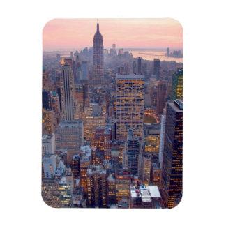 Vista amplia de Manhattan en la puesta del sol Imanes Flexibles