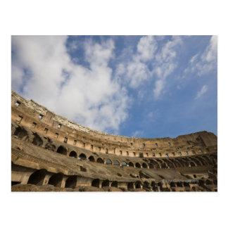vista amplia del interior del Colosseum Tarjeta Postal