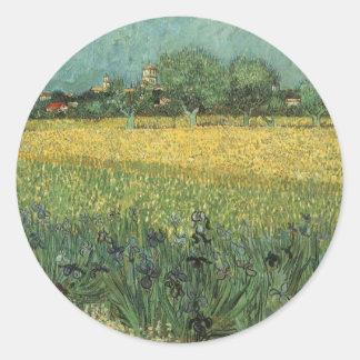 Vista de Arles con los iris de Vincent van Gogh Pegatina Redonda