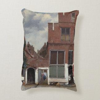 Vista de casas en Delft de Juan Vermeer Cojín Decorativo