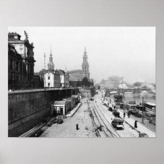 Vista de Dresden del Bruehlsche Terrasse Póster