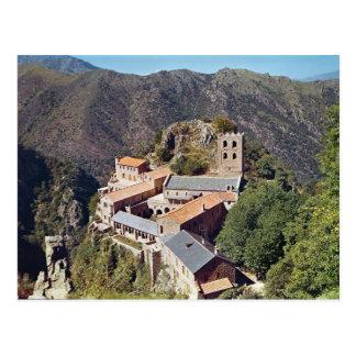 Vista de la abadía de San Martín du Canigou Tarjetas Postales