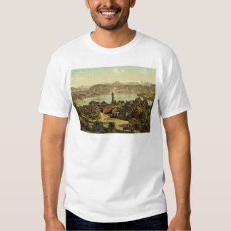Vista de la cadena meridional de las montañas, con camisas