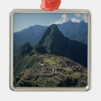 Vista de la ciudadela en Machu Picchu Adorno Cuadrado Plateado