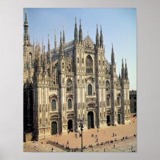 Vista de la fachada, comenzada 1386 impresiones