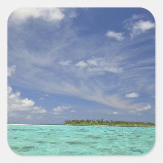Vista de la isla de Funadoo de Funadovilligilli 3 Pegatina Cuadrada