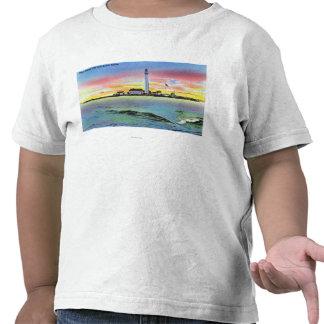 Vista de la isla y del faro del favor de York Camisetas