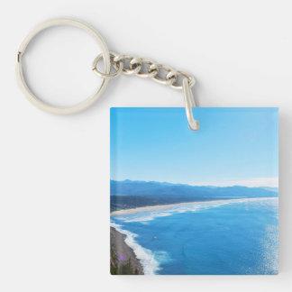 Vista de la playa de Manzanita, costa de Oregon Llavero Cuadrado Acrílico A Doble Cara