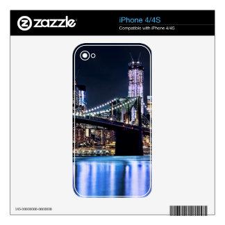 Vista de la reflexión del puente de Brooklyn de Nu iPhone 4S Calcomanías