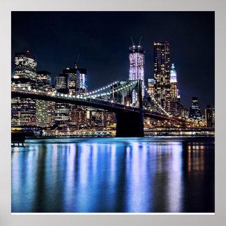 Vista de la reflexión del puente de Brooklyn de Nu Posters