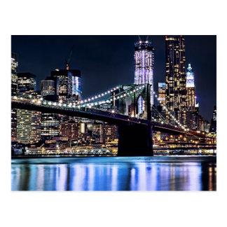 Vista de la reflexión del puente de Brooklyn de Nu Tarjetas Postales