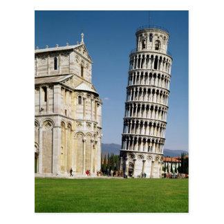 Vista de la torre inclinada tarjeta postal
