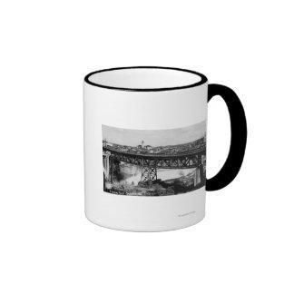 Vista de las caídas y del puente de Spokane Tazas