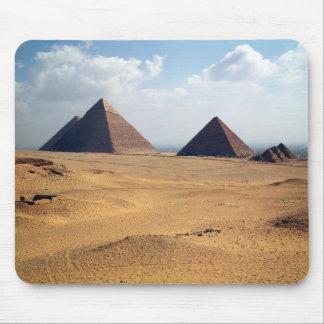 Vista de las pirámides de Cheops Tapete De Ratones