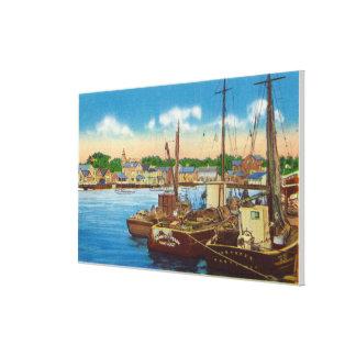 Vista de los barcos de pesca en el puerto impresiones de lienzo