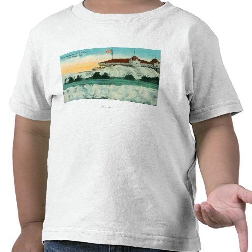 Vista de los trituradores gigantes y de la sala de camiseta