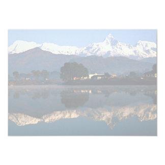 Vista de Macchapuchhre sobre el lago Pokhara, Anuncio
