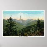 Vista de Mt. Marcy, ensillada, diente de sierra Póster