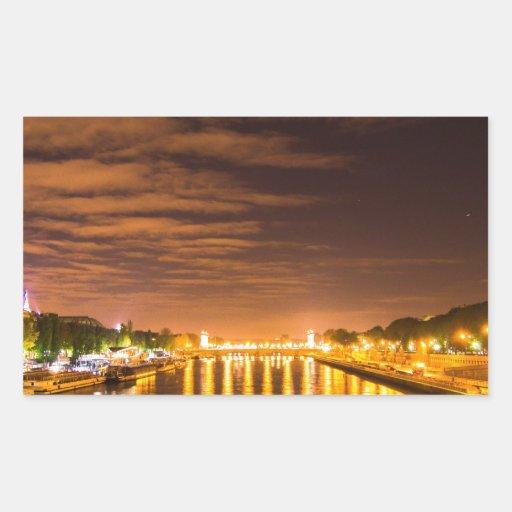 vista de París Francia en la noche y el río Sena Rectangular Pegatinas