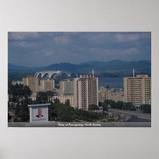 Vista de Pyongyang, Corea del Norte Posters