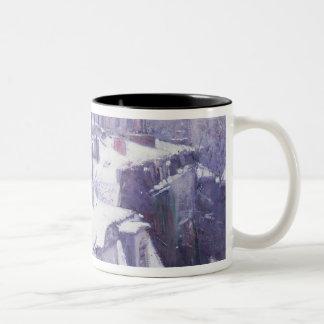 Vista de tejados o de tejados debajo de la nieve,  tazas de café