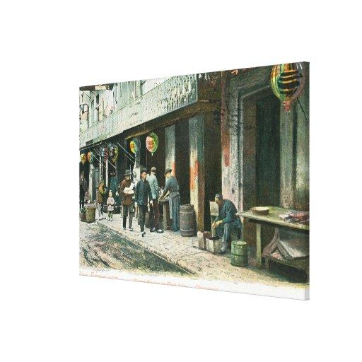 Vista de una calle en callejón de los pescados lona envuelta para galerías
