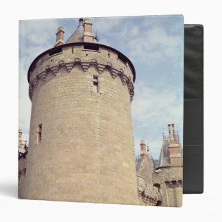 Vista de una torre del castillo francés