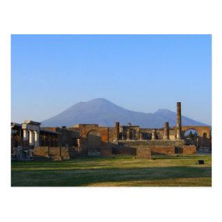 Vista de Vesuvio sobre las ruinas de Pompeya Postales