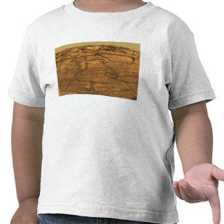 Vista del acantilado de las quemaduras en Marte Camiseta