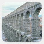 Vista del acueducto romano que fecha probablemente calcomanía cuadradas personalizadas