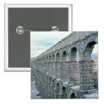 Vista del acueducto romano que fecha probablemente pin cuadrado